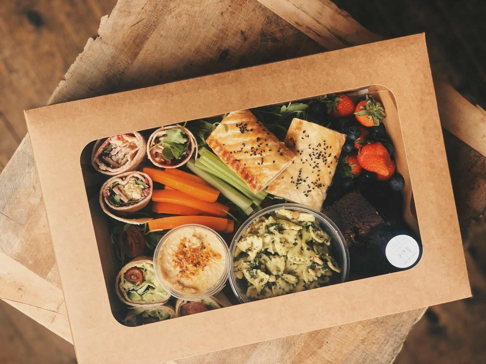 picnic box lid