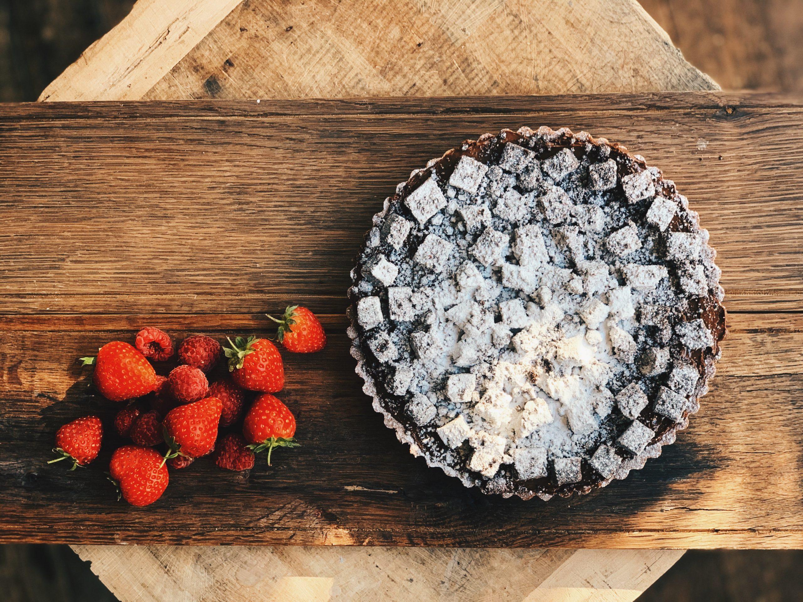 chocolate pudding and strawberries