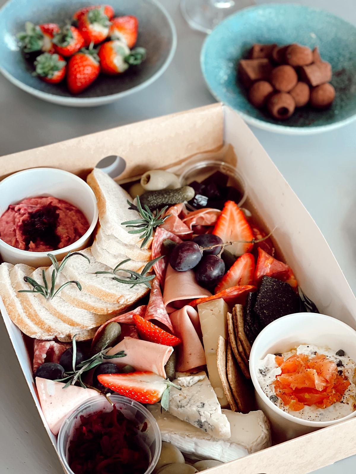 valentines platter box
